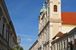 Pécs, Lyceum templom homlokzatfelújítása