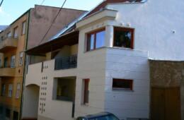 Pécs, Sánc u. 6 lakásos társasház
